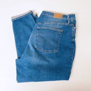 Madewell Size 35 Mom Jean
